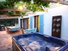 terrasse-and-jacuzzi-2